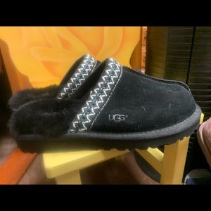Black suede clog/slipper